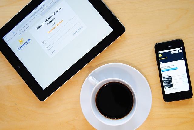 káva u mobilu a tabletu.jpg