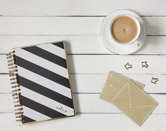 obálky u kávy